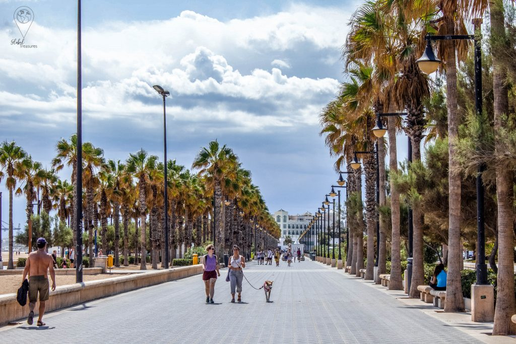 Playa del Cabanyal strand Valencia, Spanje | Global-Treasures.com
